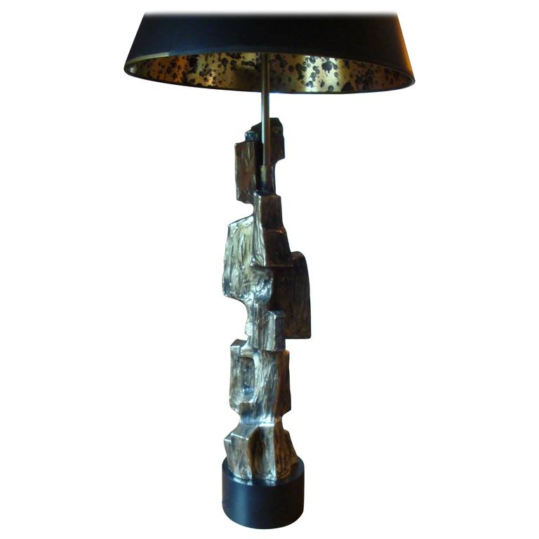 Brutalist Laurel Lamp