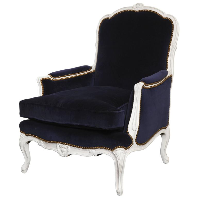 French 19th Century Large Painted White Bergere with Blue Velvet Upholstery For Sale