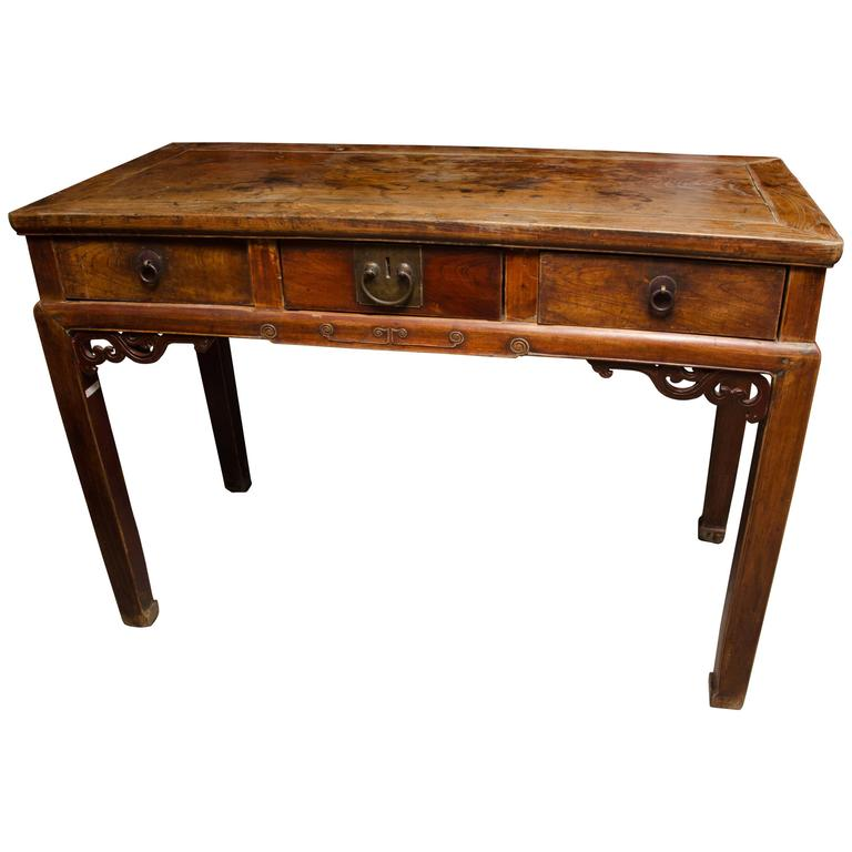 Qing Dynasty Chinese Three-Drawer Writing Table in Original Finiah 1