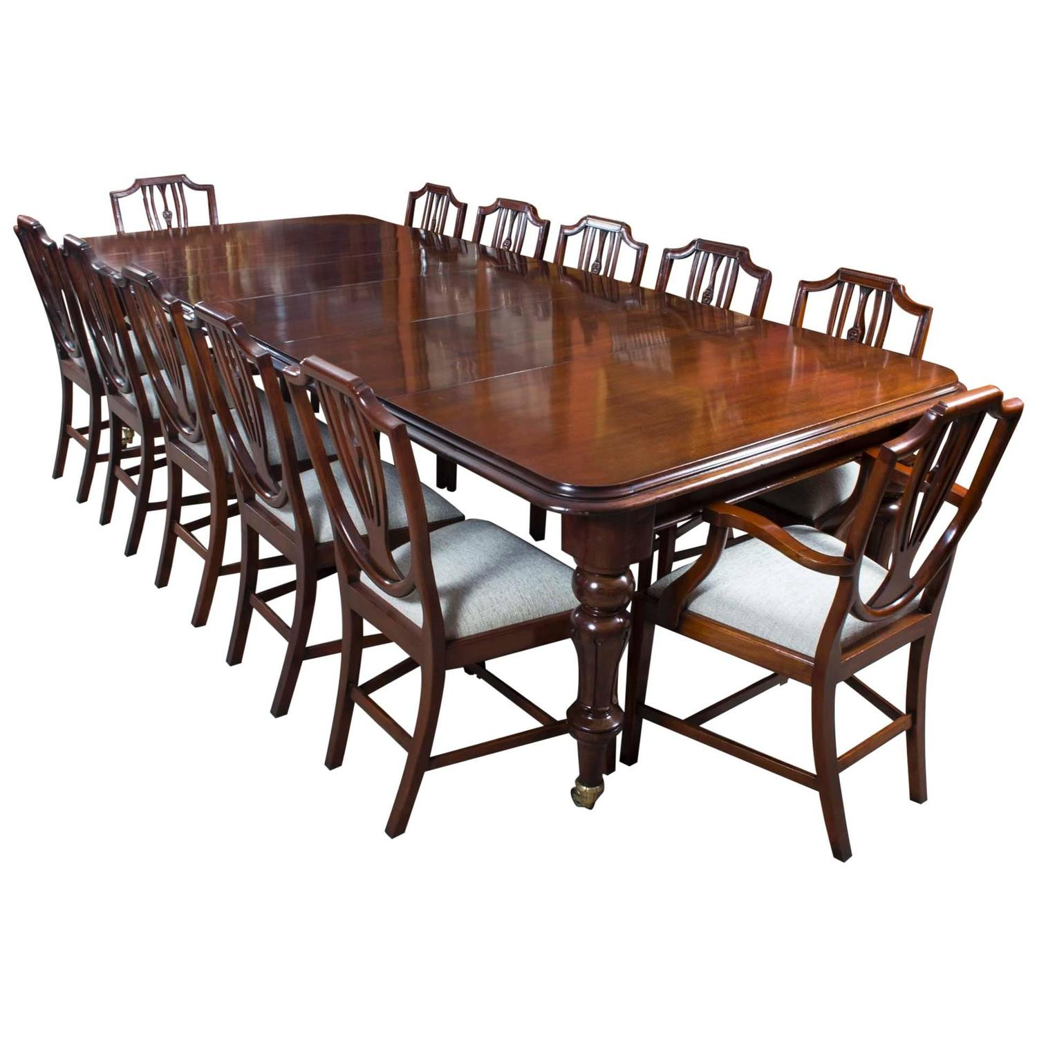 antique victorian mahogany dining table with 12 shield back chairs at 1stdibs. Black Bedroom Furniture Sets. Home Design Ideas