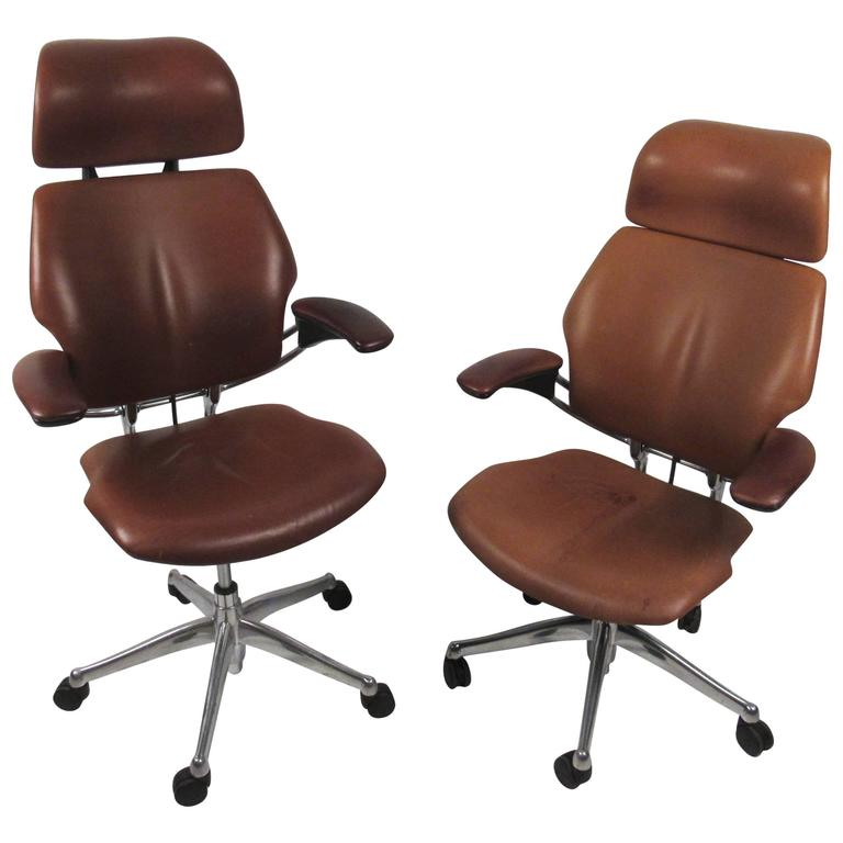 Midcentury Style Ergonomic Leather Swivel Desk Chair For
