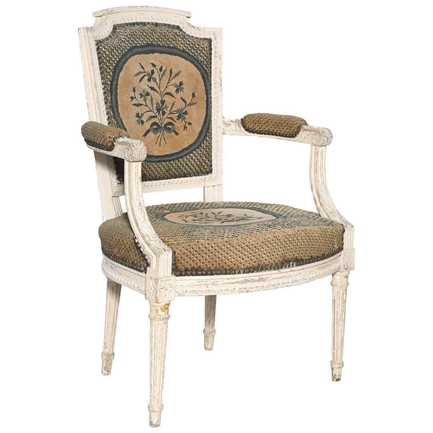 late 19th century french louis xvi style painted fauteuil for sale at 1stdibs. Black Bedroom Furniture Sets. Home Design Ideas
