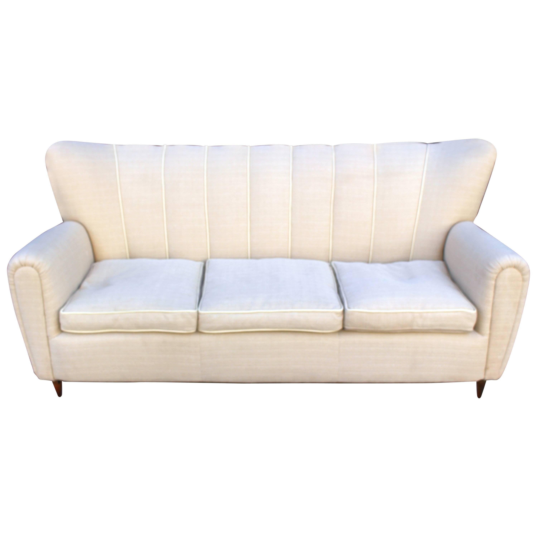 Italian Sofa in the Style of Guglielmo Ulrich