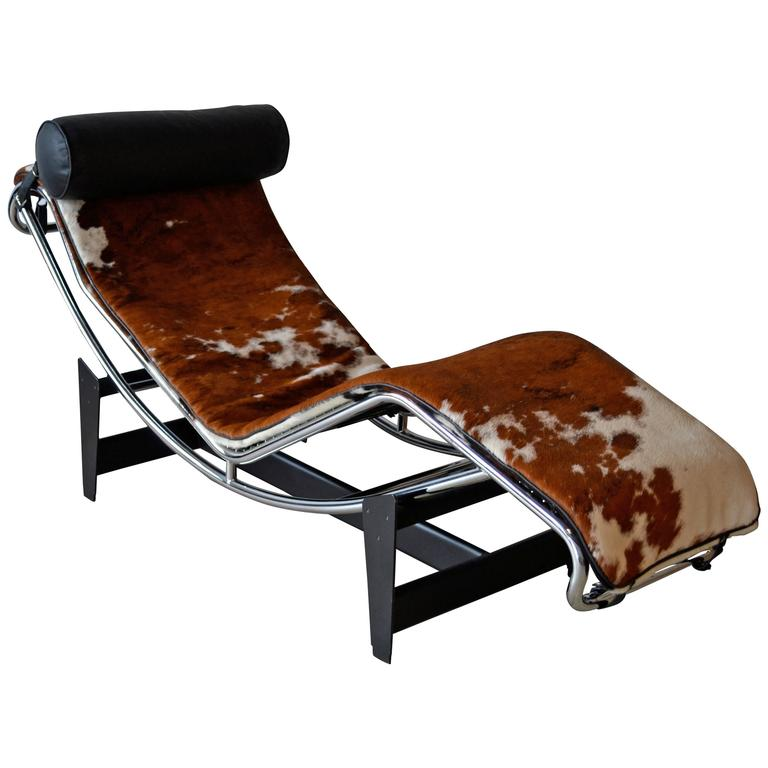 Lc4 le corbusier chaise lounge chair at 1stdibs for Chaise lounge corbusier