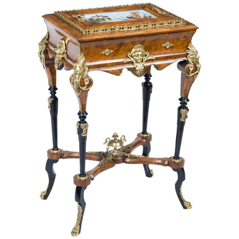 Antique napoleon iii walnut and porcelain jardiniere for Jardiniere napoleon 3