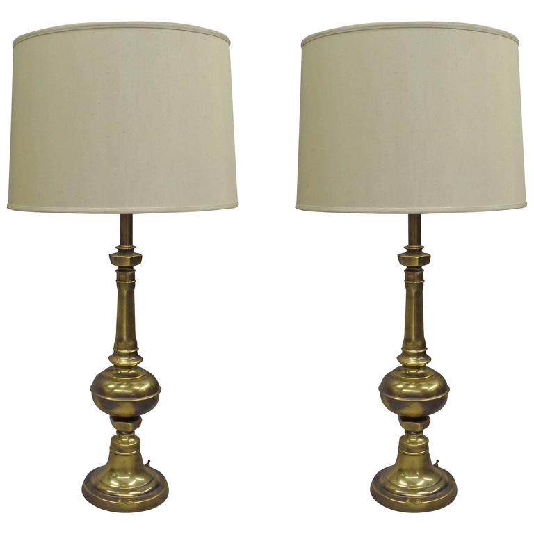 Pair of British Mid-Century Brass Baluster Table Lamps 1