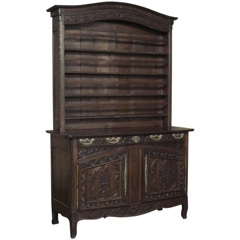 grand 18th century country french buffet vaisselier at 1stdibs. Black Bedroom Furniture Sets. Home Design Ideas