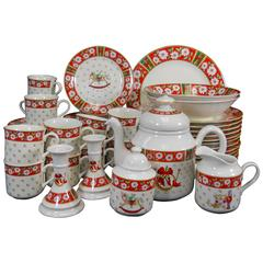 Kobe Japan Charlton Hall Pattern Fifty-Eight-Piece Set Service for 12