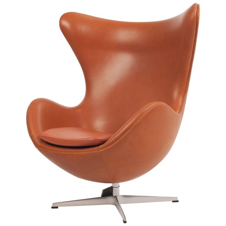 egg chair in walnut elegance soft leather for fritz hansen at 1stdibs. Black Bedroom Furniture Sets. Home Design Ideas
