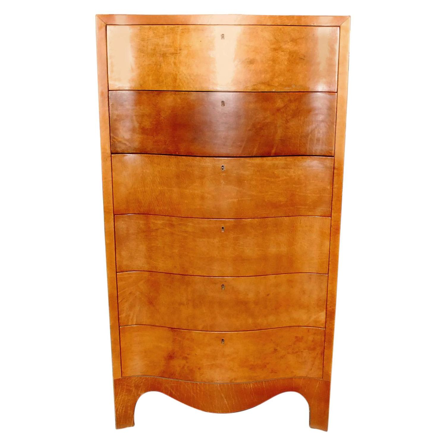 Convention Lingerie chest of drawers Married