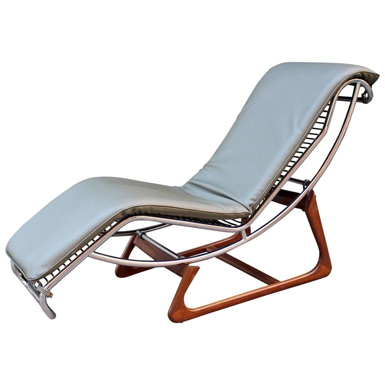 Italian Chaise Longue by Gimo Fero For Sale