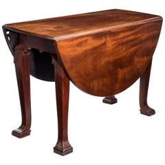Late 18th Century Oval Drop-Leaf Table