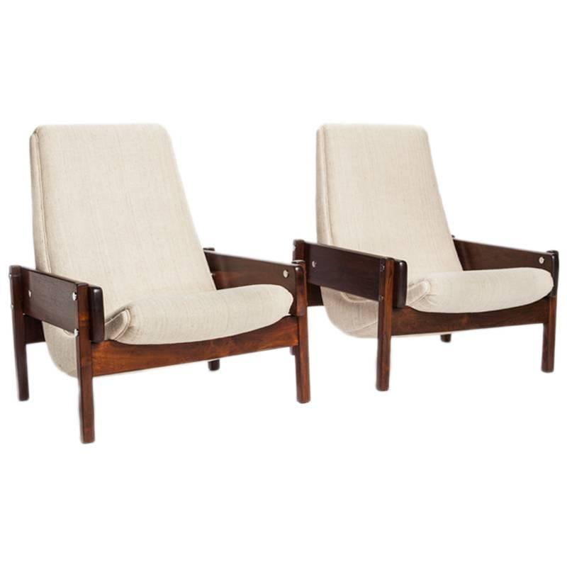 Brazilian Mid-Century Modern Rosewood u201cOscaru201d Chairs by Sergio Rodrigues For Sale at 1stdibs  sc 1 st  1stDibs & Brazilian Mid-Century Modern Rosewood u201cOscaru201d Chairs by Sergio ...
