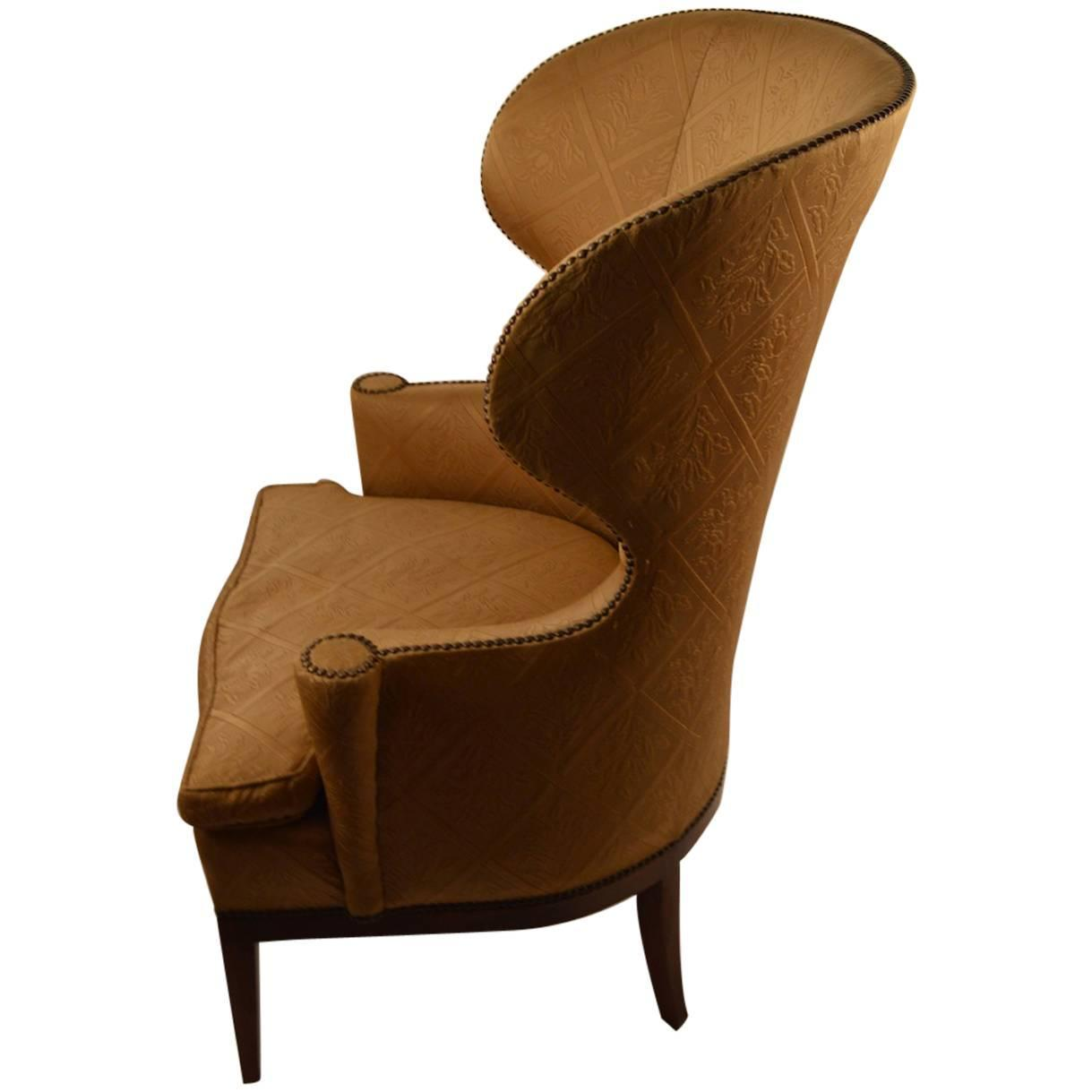 Stylish barrel back wing chair at 1stdibs for Wing back recliner chair