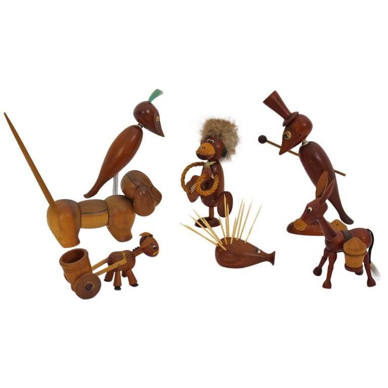 Scandinavian Modern  Teak Wood Vintage Selection of Seven Animals, 1960s Denmark For Sale