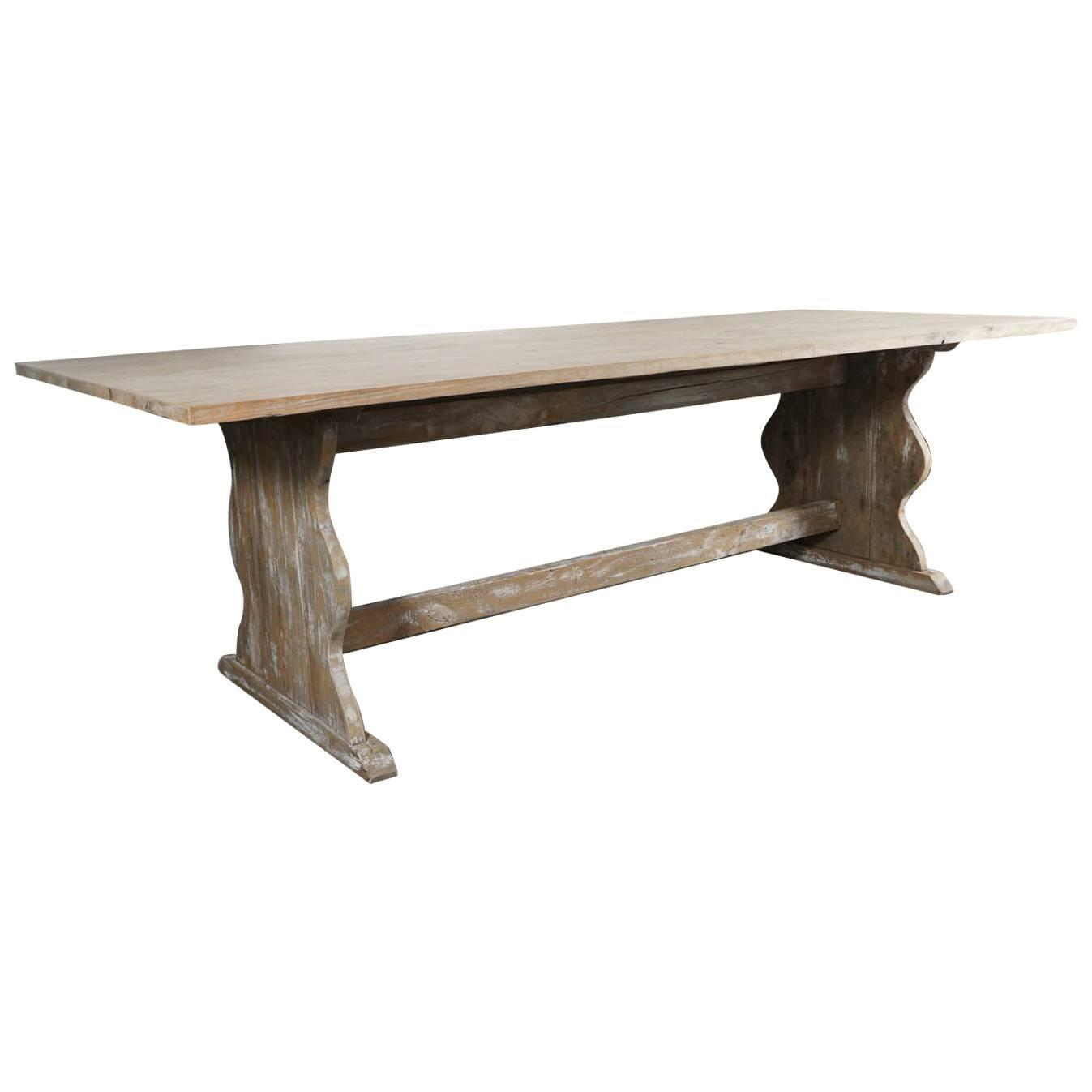 Rustic country farm table for sale at 1stdibs for Rustic farm tables for sale