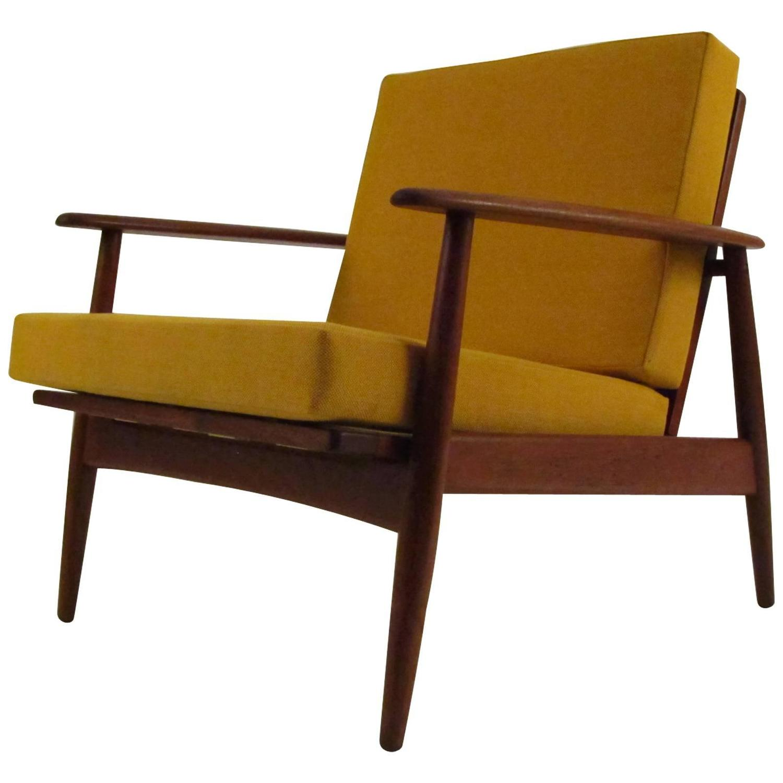 Single danish modern teak lounge chair for sale at 1stdibs for Single lounge chairs for sale