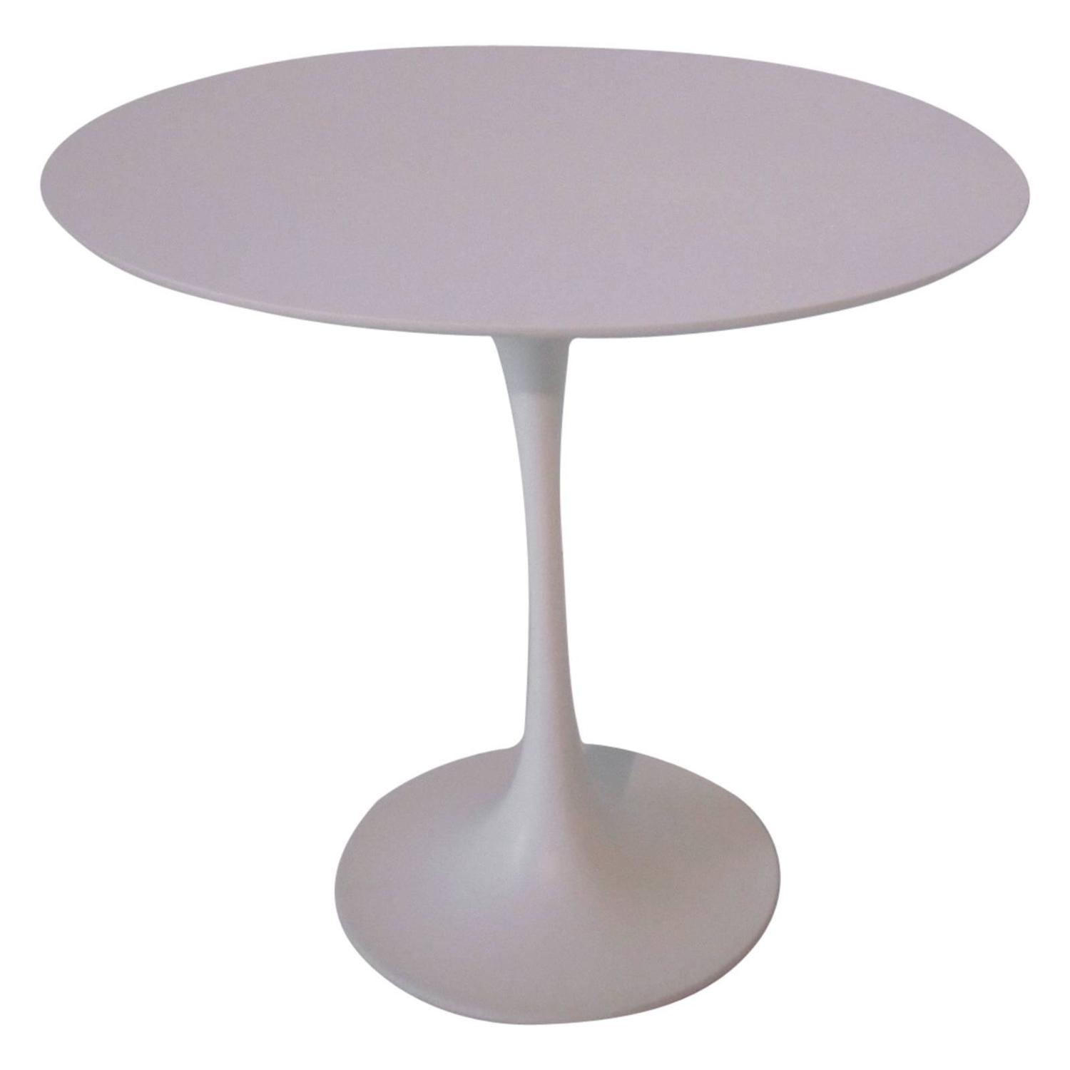 Eero Saarinen Tulip Side Table For Knoll At 1stdibs