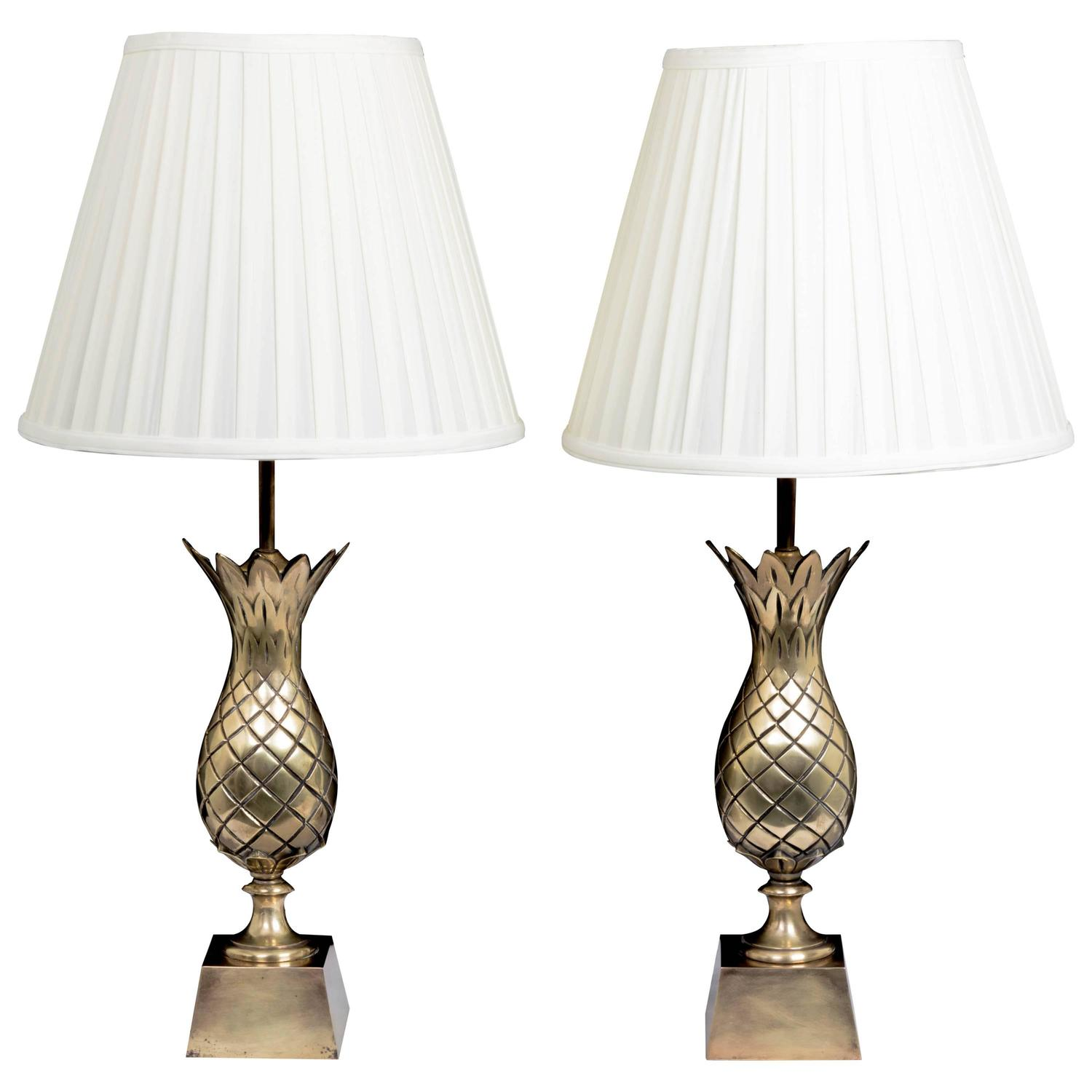 midcentury pair of brass pineapple motif table lamps for. Black Bedroom Furniture Sets. Home Design Ideas