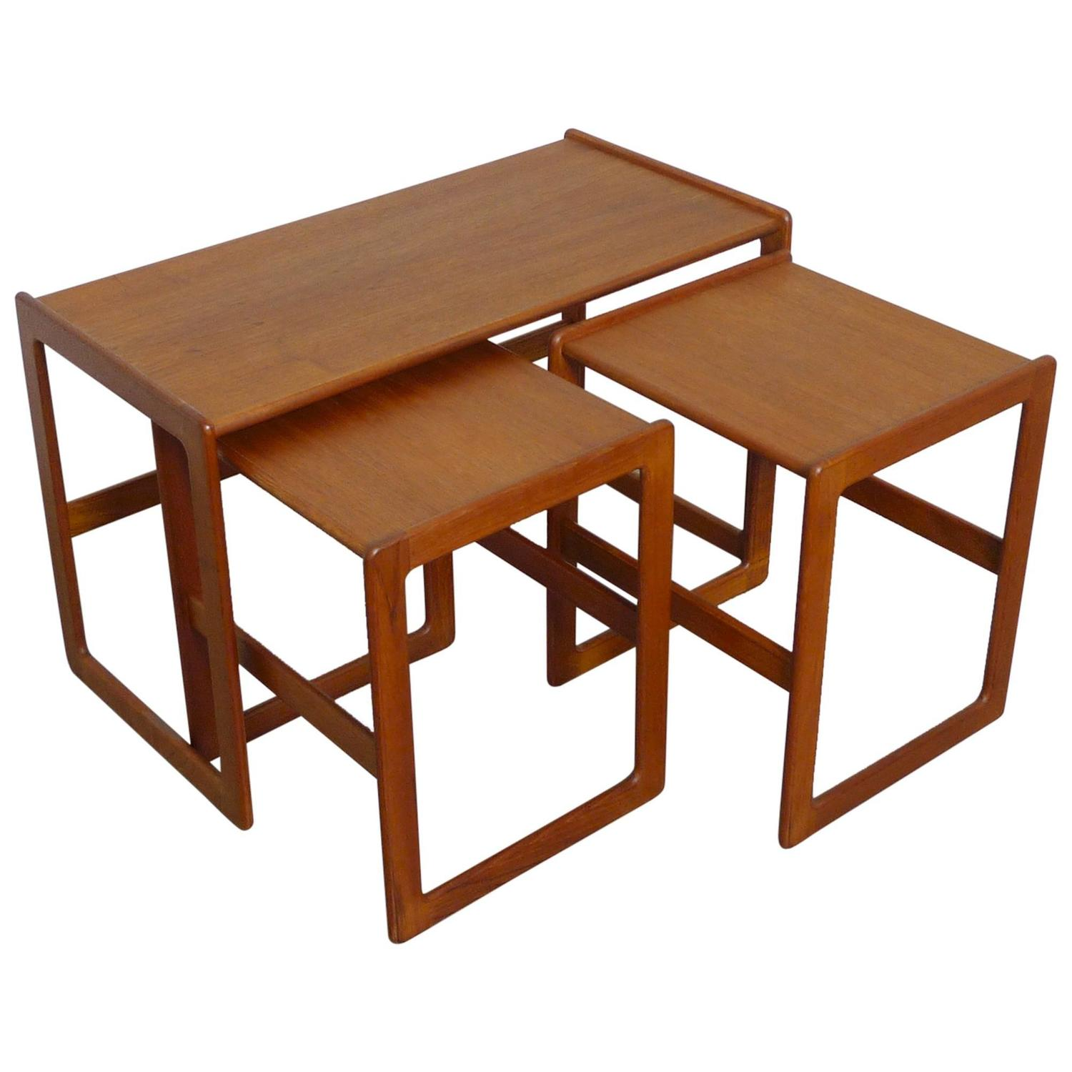Set Of Three Arne Hovmand Olsen Nesting Tables For Mogens Kold . Full resolution  photograph, nominally Width 1500 Height 1500 pixels, photograph with #481C0B.