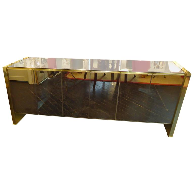 Knock out ello mirrored sideboard at 1stdibs for Sideboard glasfront