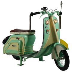 Carousel Scooter, Model Vespa or Lambretta