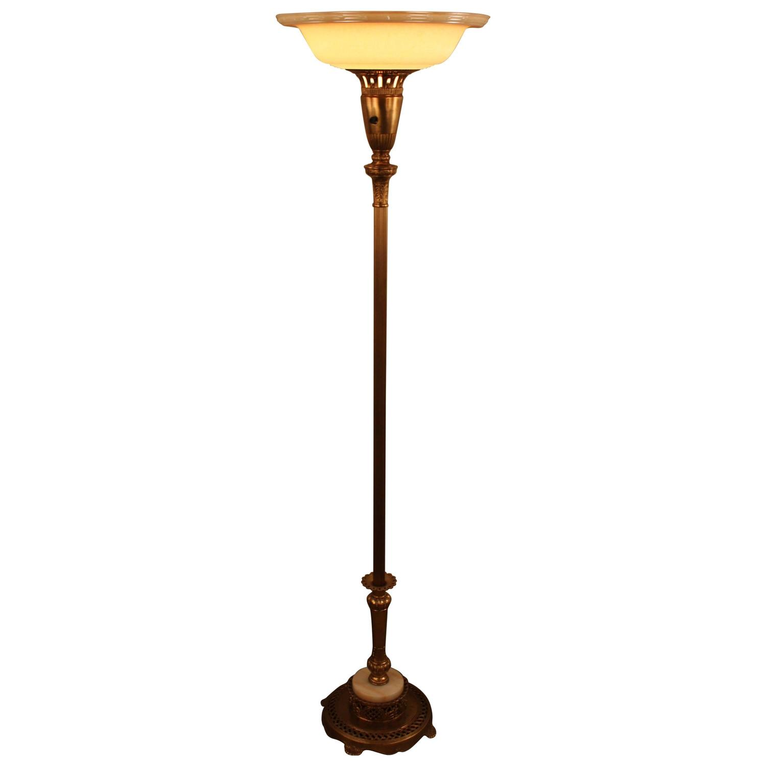 American torchiere floor lamp at 1stdibs for Floor lamp vs torchiere