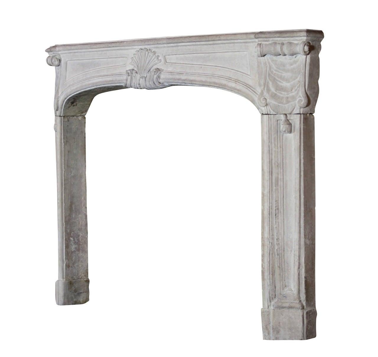 18th Century Regency Period Limestone Antique fireplace Mantel For Sale 3
