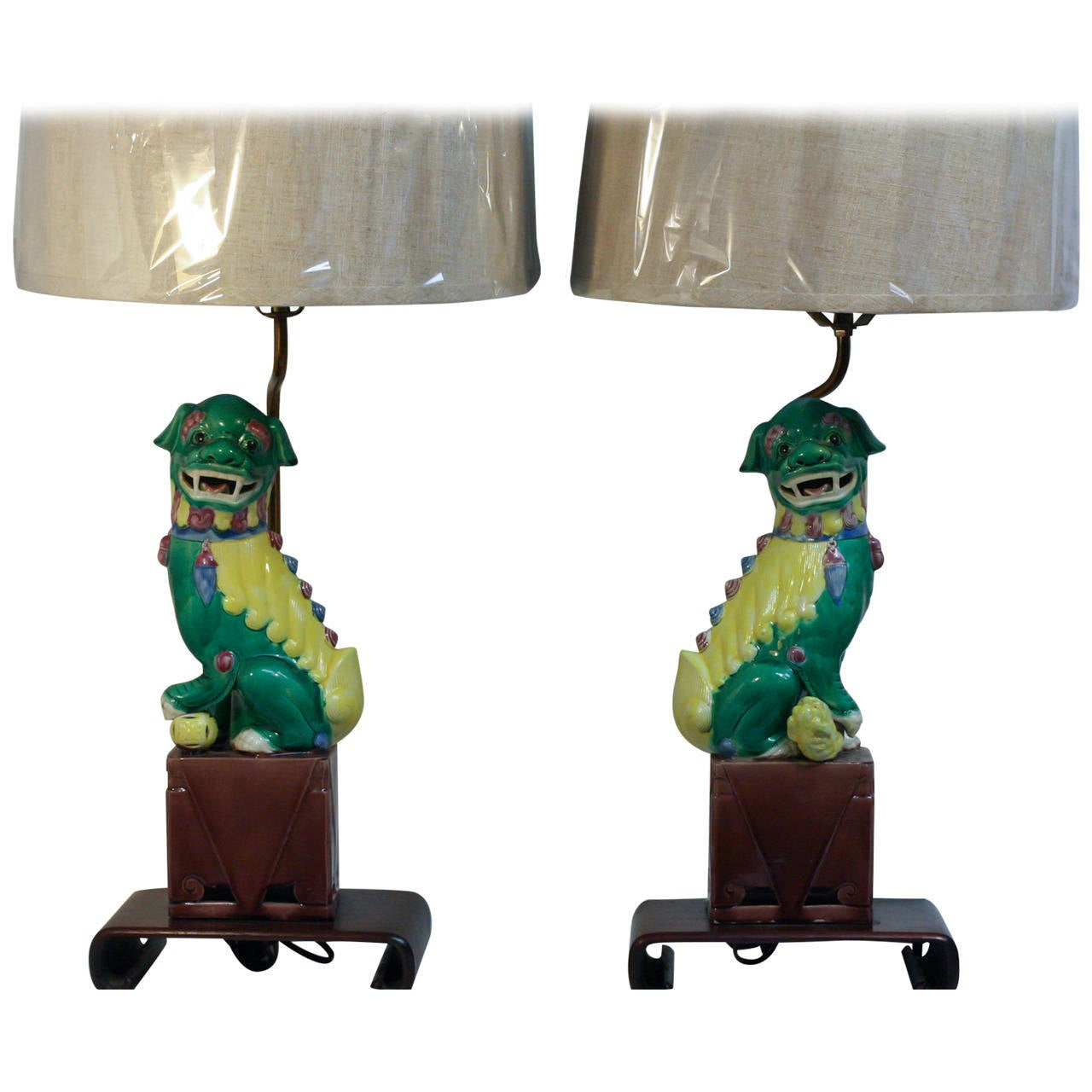 Polychrome pair of chinese foo dog table lamps at 1stdibs polychrome pair of chinese foo dog table lamps 1 geotapseo Gallery