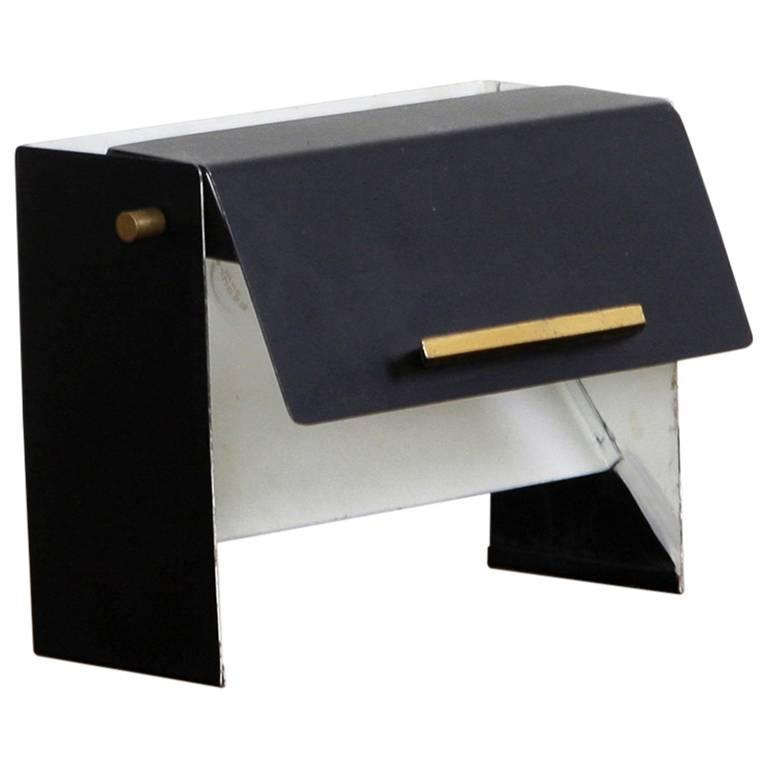 italian table lamp in black and white metal in the manner of stilnovo. Black Bedroom Furniture Sets. Home Design Ideas