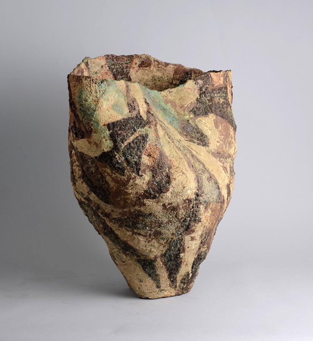 ewen henderson handbuilt ceramic vase 3