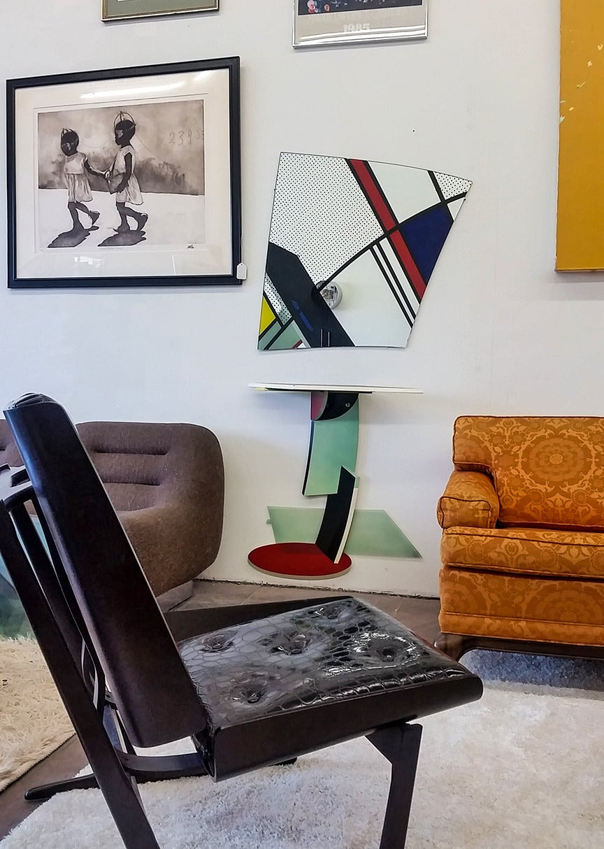 Rietveld Schroeder House Style Hall Table And Mirror Attr. Memphis Group 2