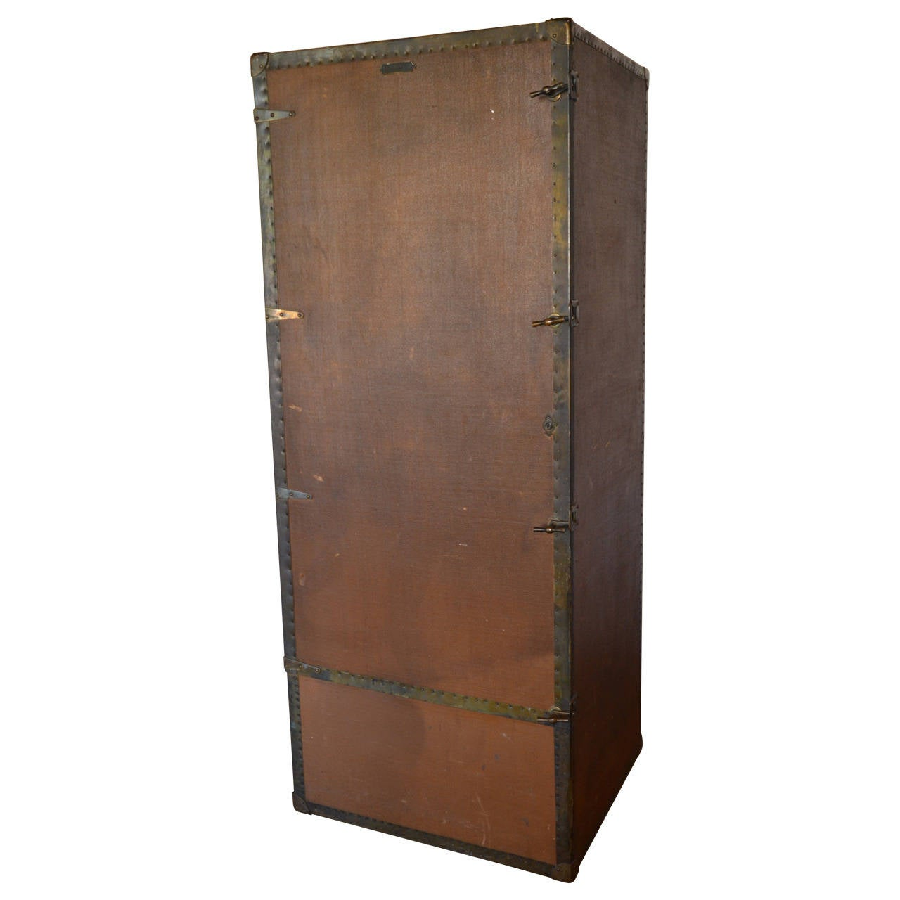 Wardrobe Steamer Trunk, circa 1915 1