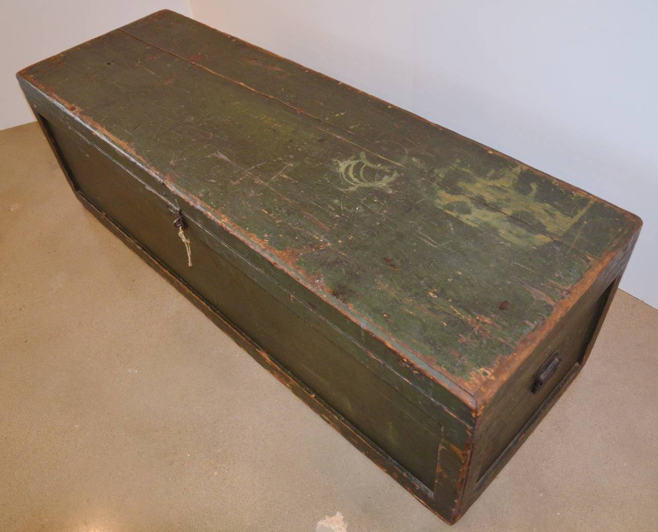 Green Painted Trunk Table Or Bench At 1stdibs