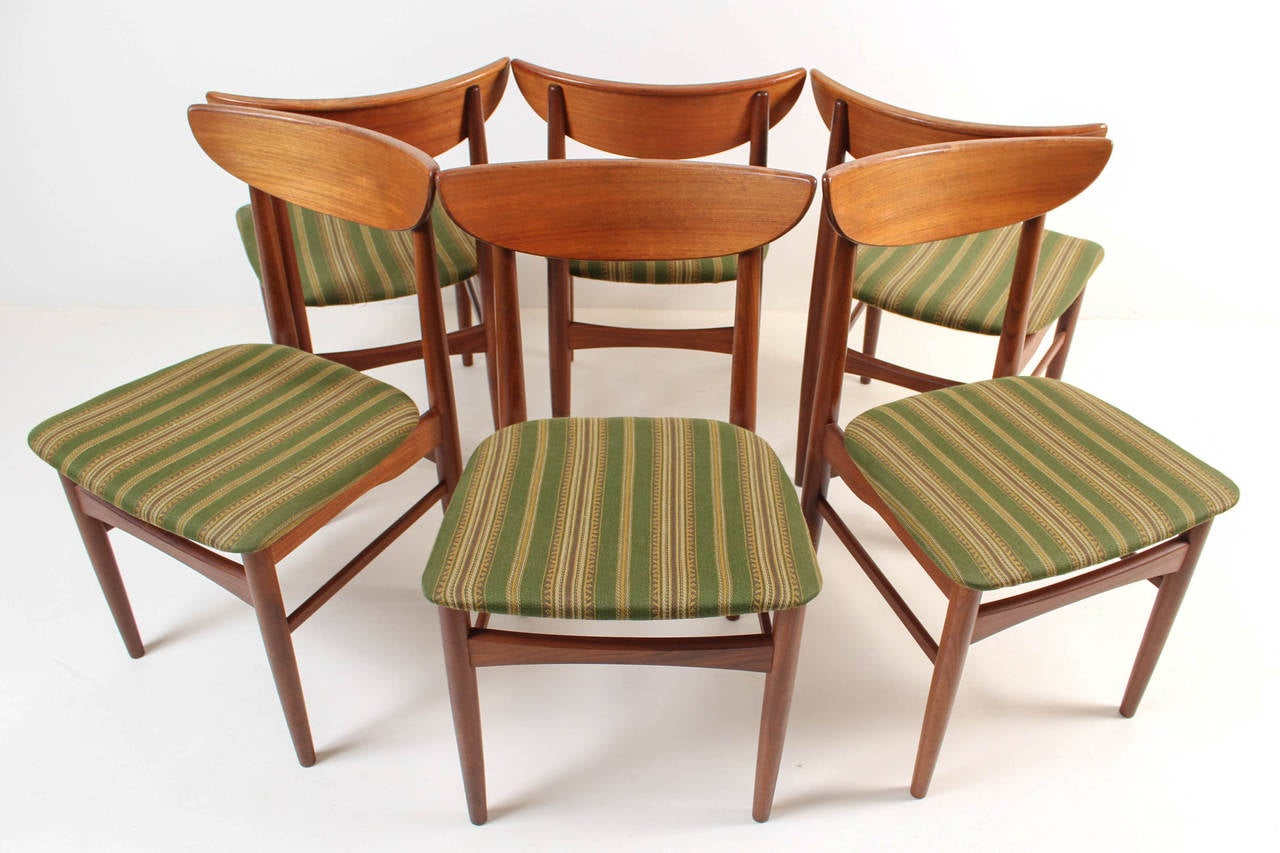 Set Of Six Solid Teak Chairs By A/S Skovby Møbelfabrik, Denmark 3