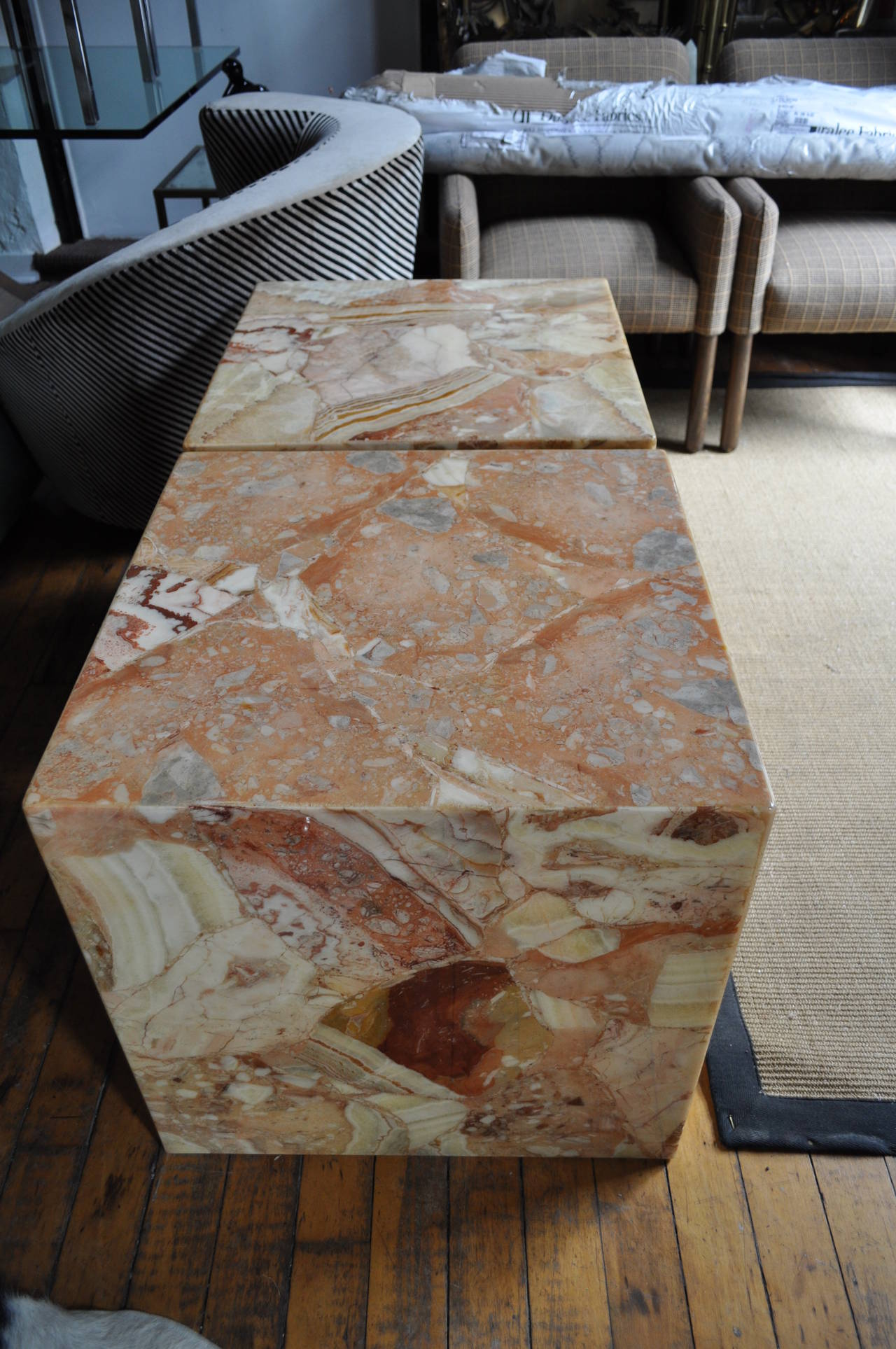 Modern Pair Of Large Onyx Cube Side Tables For Sale