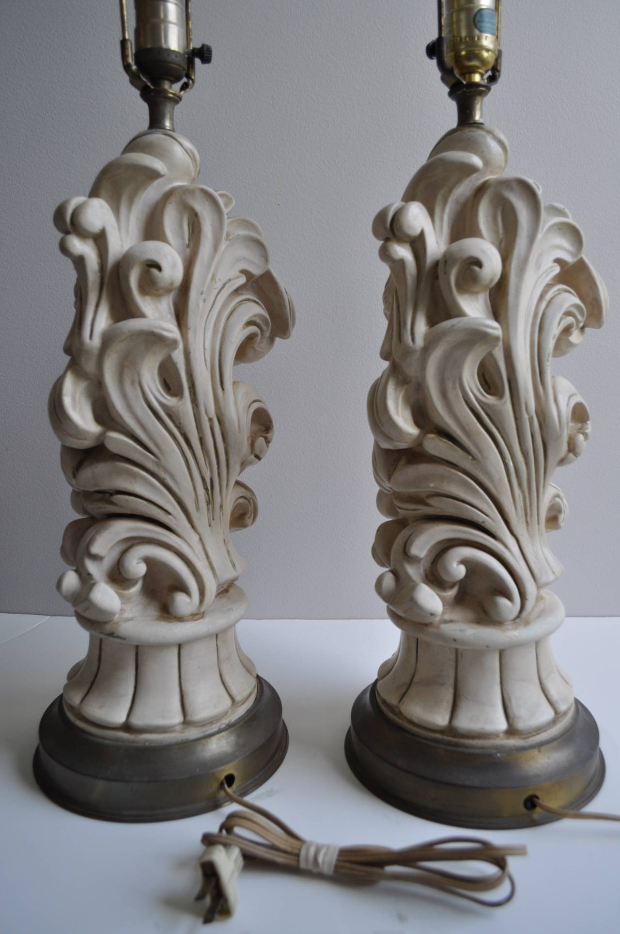 Serge Roche Style Hollywood Regency Chapman Plaster Sculptural Lamps, 1950s In Good Condition For Sale In Lambertville, NJ