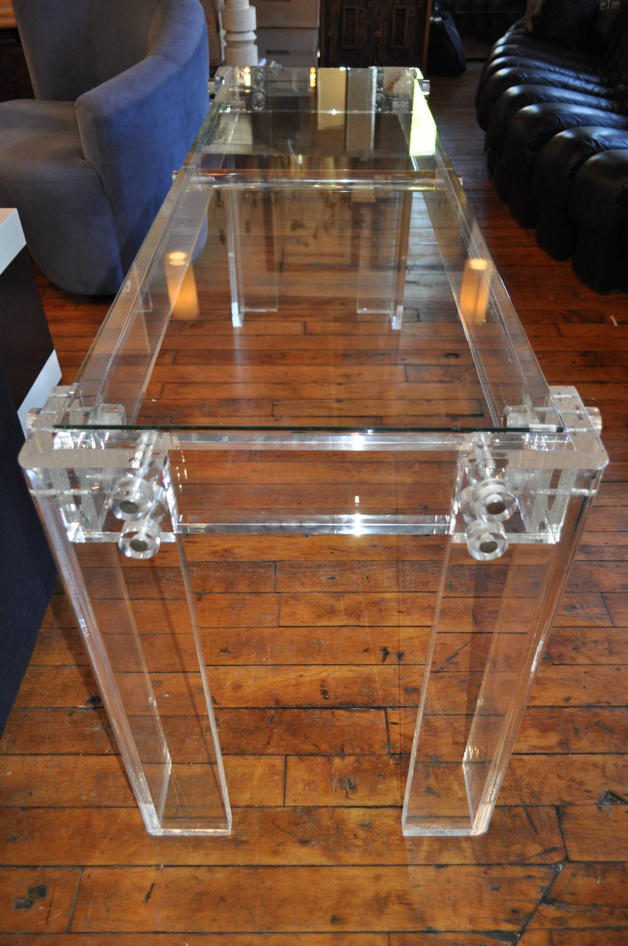 Charles Hollis Jones Style Mid Century Modern Lucite and Glass Console Table In Good Condition For Sale In Lambertville, NJ