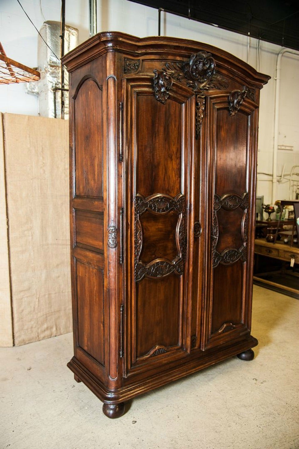 lyonnaise louis xv period chateau armoire for sale at 1stdibs. Black Bedroom Furniture Sets. Home Design Ideas