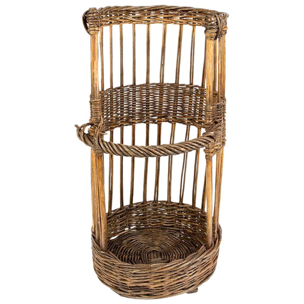 large open sided french baguette basket at 1stdibs. Black Bedroom Furniture Sets. Home Design Ideas
