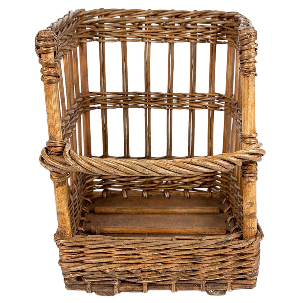 short open sided french baguette basket at 1stdibs. Black Bedroom Furniture Sets. Home Design Ideas