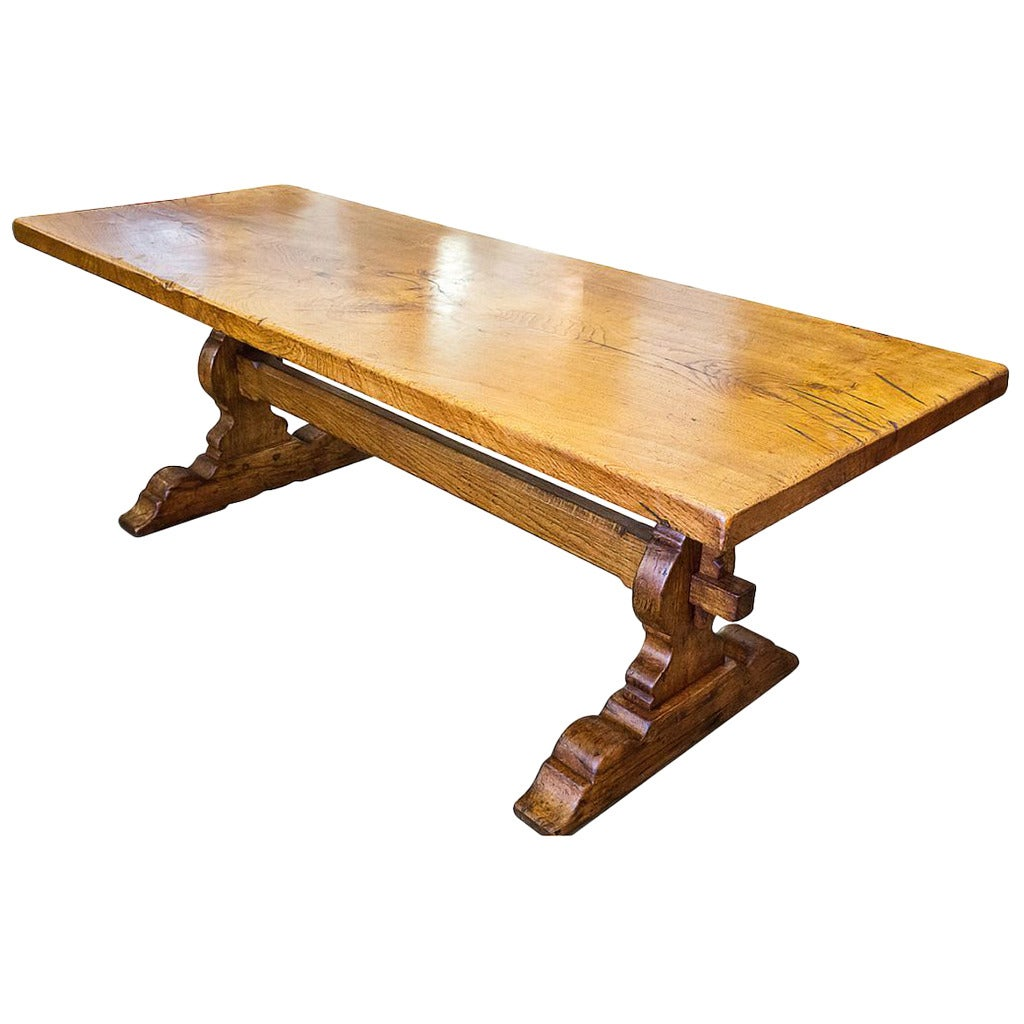 Antique french trestle table at 1stdibs for Dining room tables 1940s