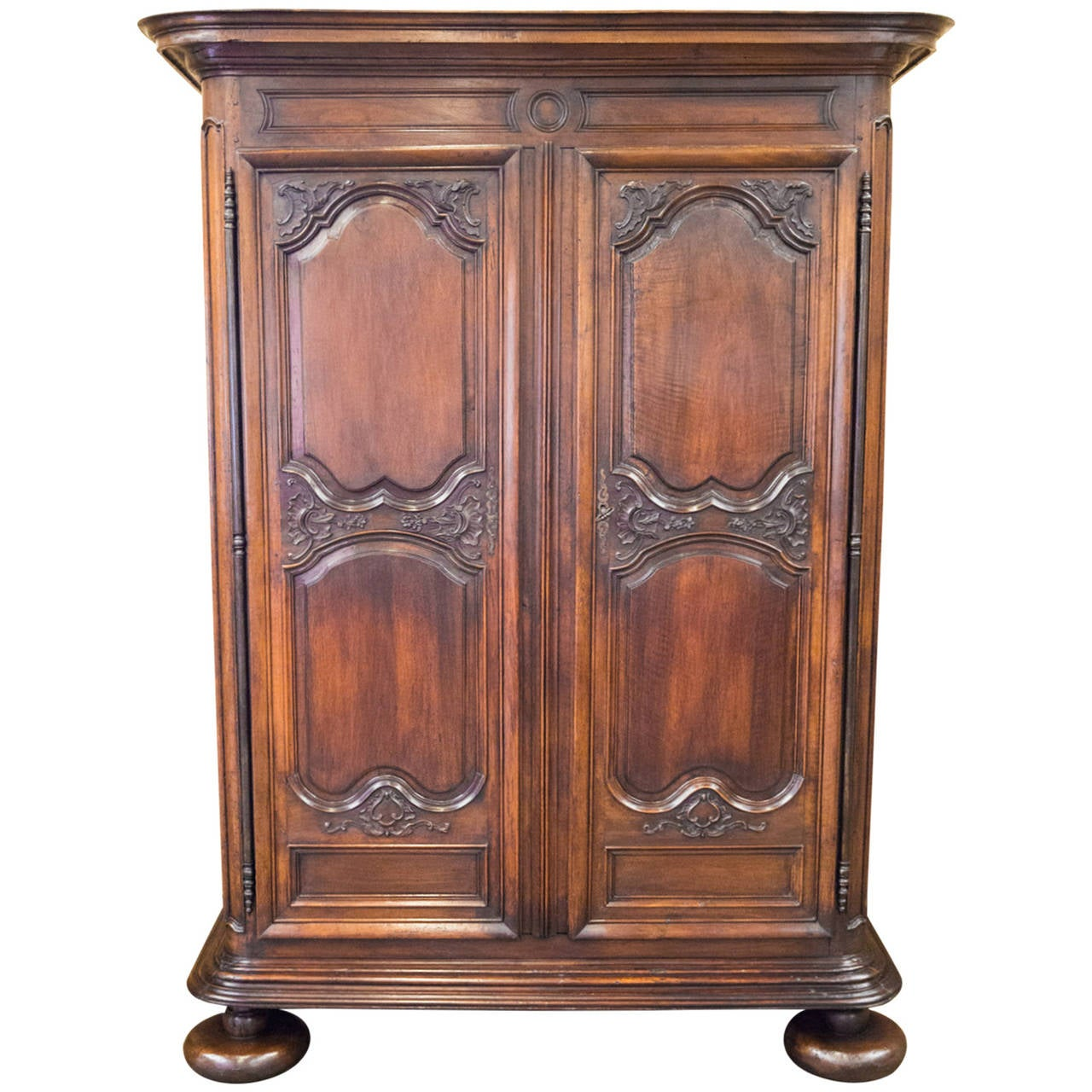 late 17th century french louis xiv period armoire at 1stdibs. Black Bedroom Furniture Sets. Home Design Ideas