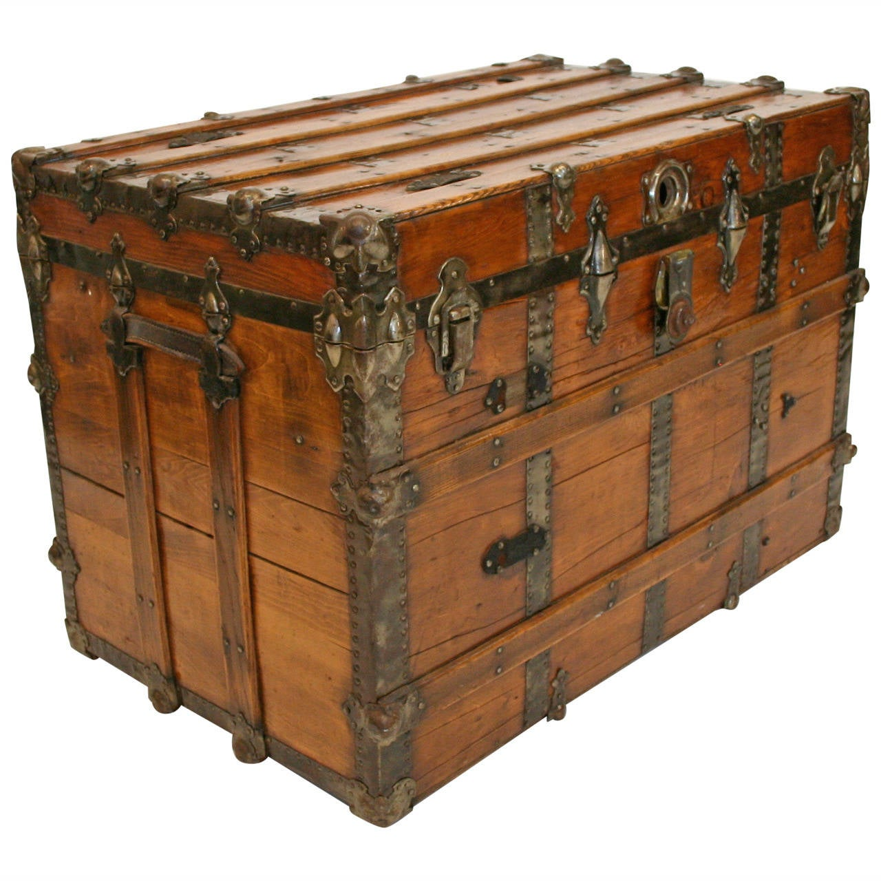 Large Antique Flat Top Trunk At 1stdibs