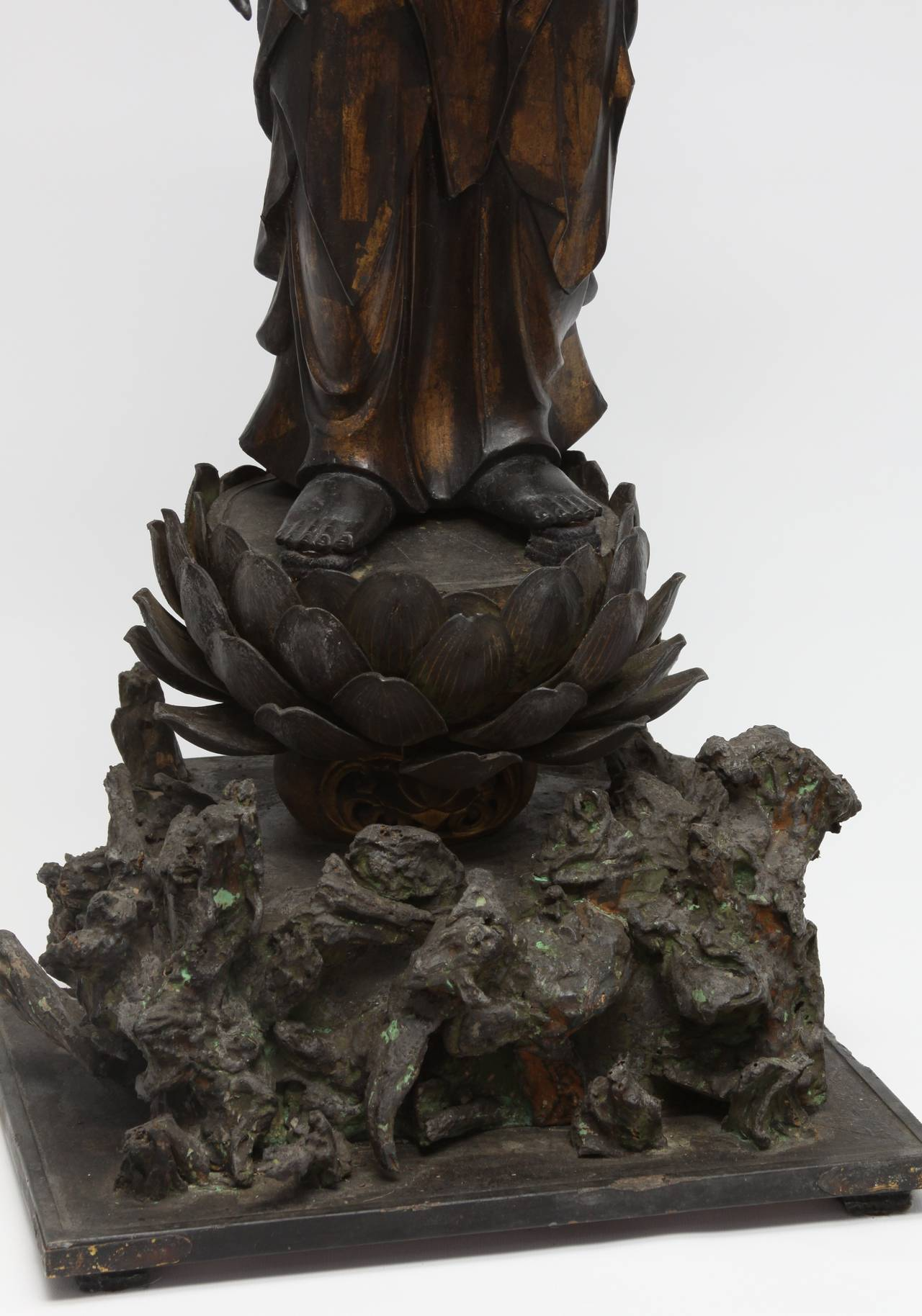 Japanese gilt and lacquer carved wood kannon bodhisattva