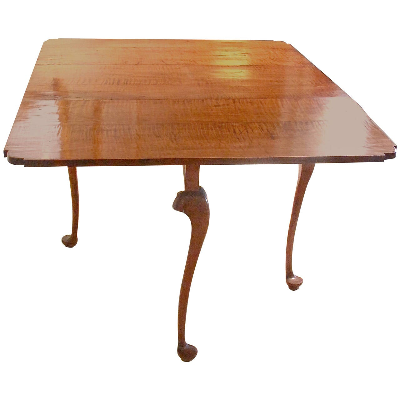 New England Tiger Maple Drop Leaf Table At 1stdibs