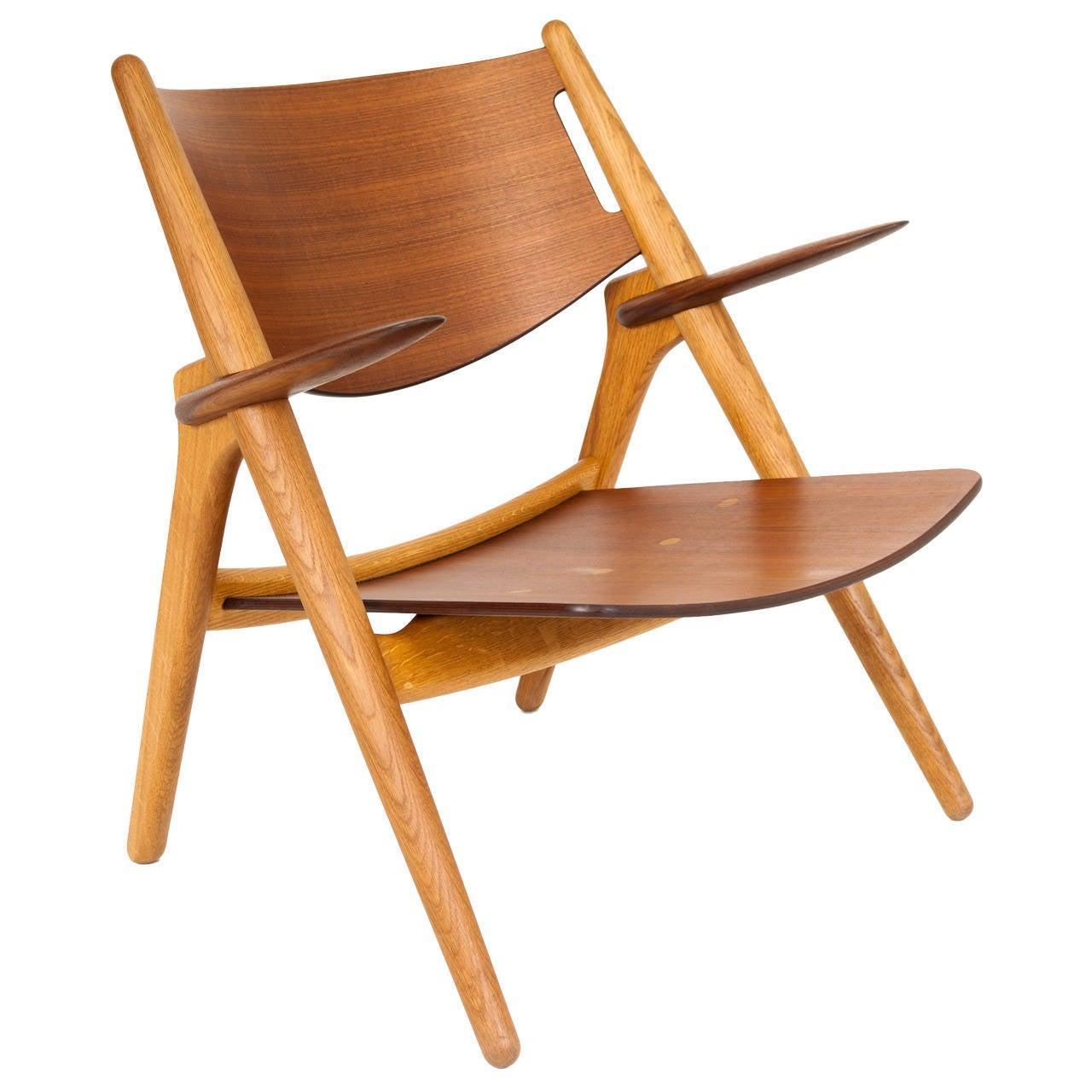 hans j wegner lounge chair model ch 28 for sale at 1stdibs. Black Bedroom Furniture Sets. Home Design Ideas