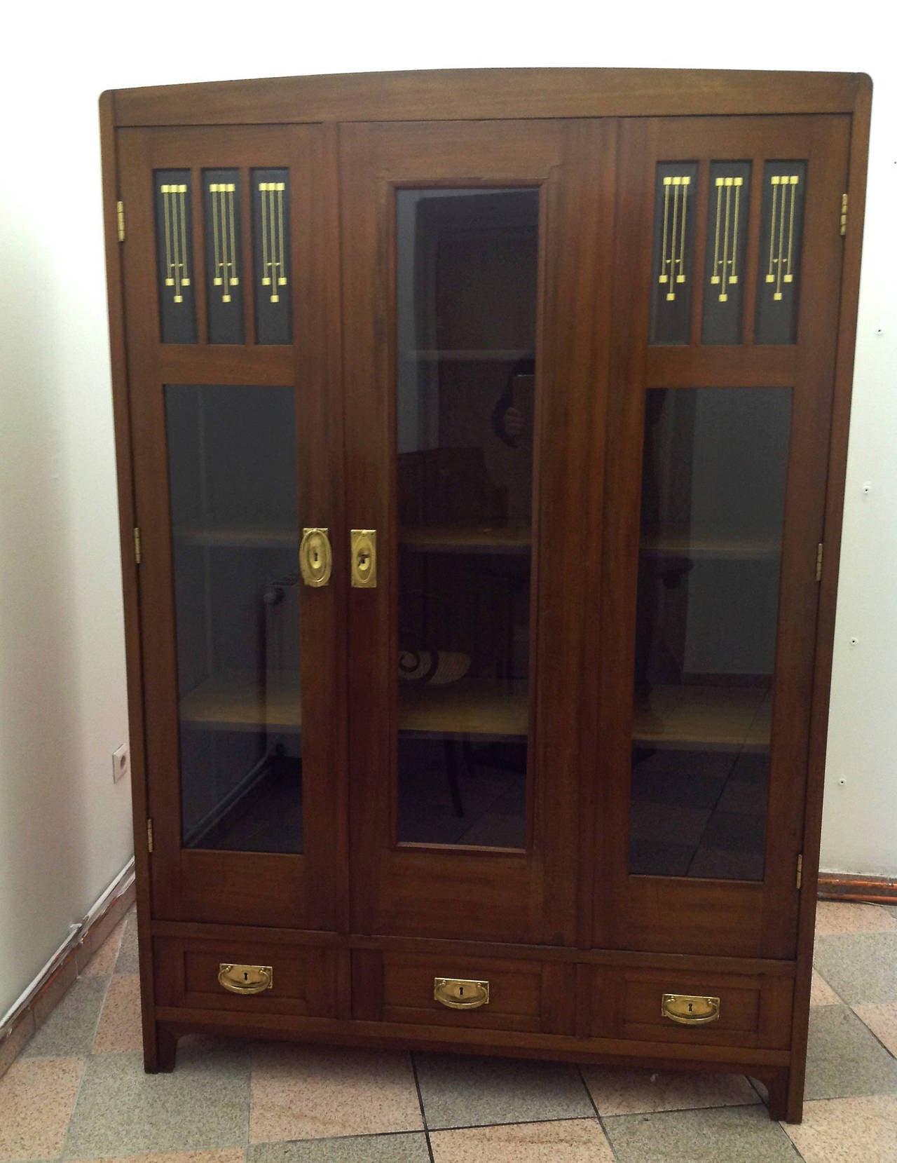 Vienna secession glass cabinet vitrine at 1stdibs for Sideboard vitrine
