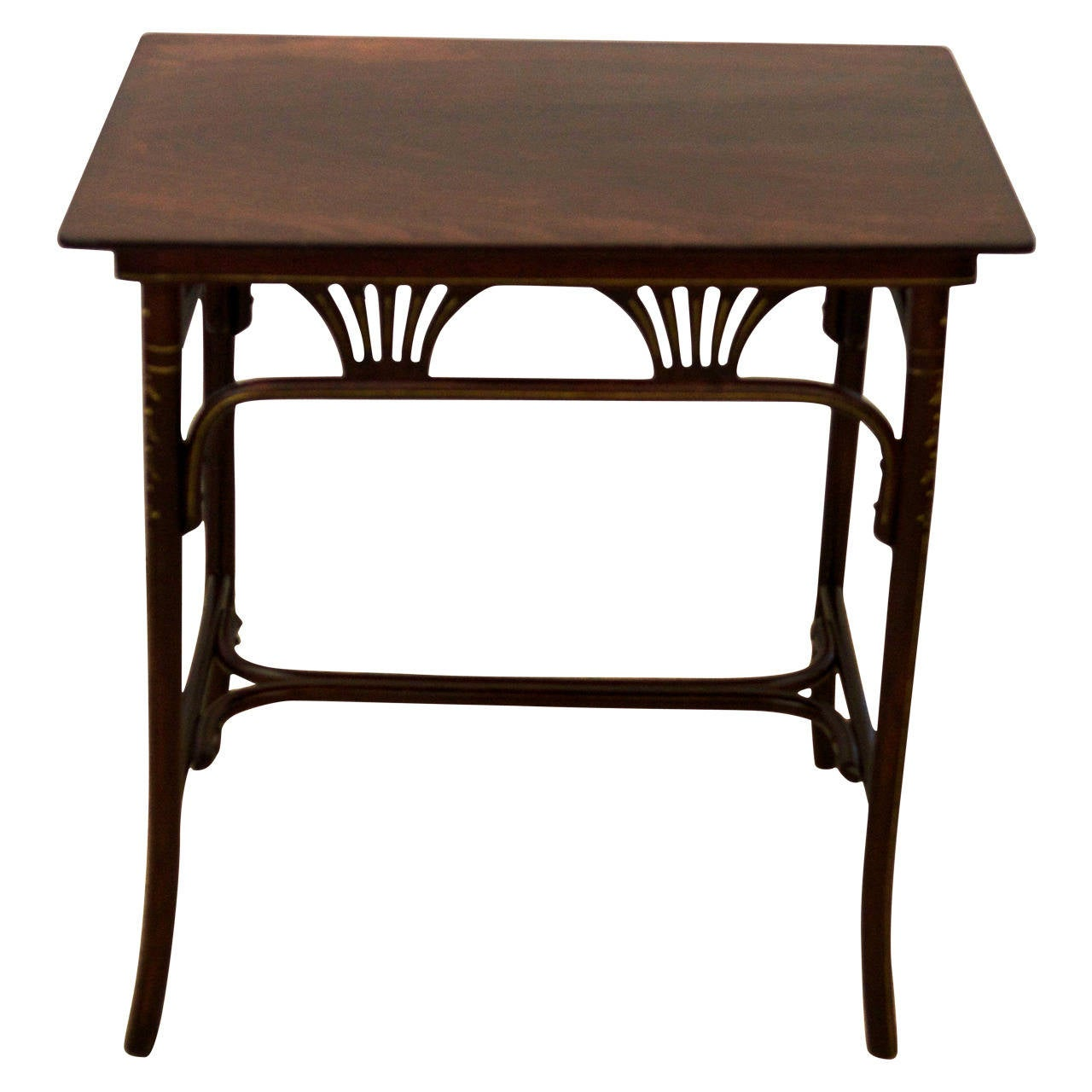 Art nouveau thonet table at 1stdibs for Table thonet