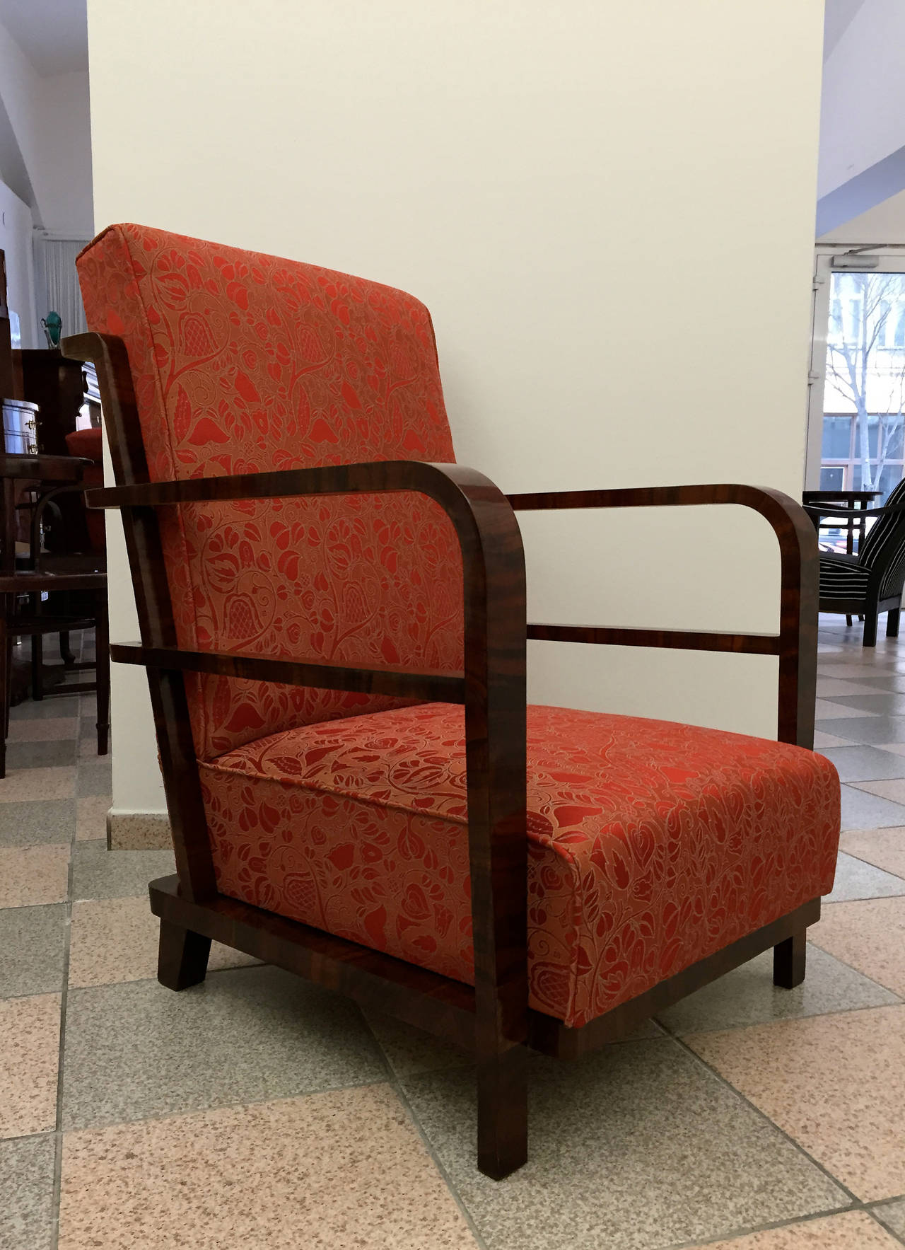 Pair of Art Deco Armchairs, circa 1930 For Sale 3